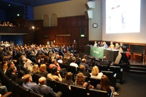 The EarthWatch Institute debate gets under way at the Royal Geographical Institute, London (c) EIA