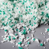 It's 'make or break time for the microbeads ban'