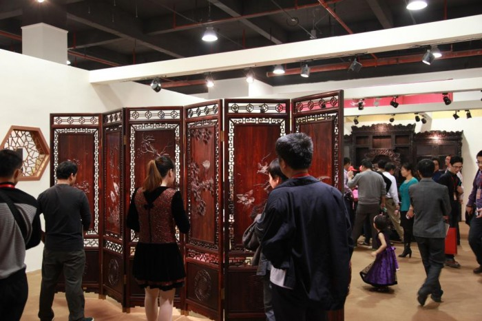 An elaborate screen of Siamese rosewood at a hongmu trade show in China (c) EIA lo res