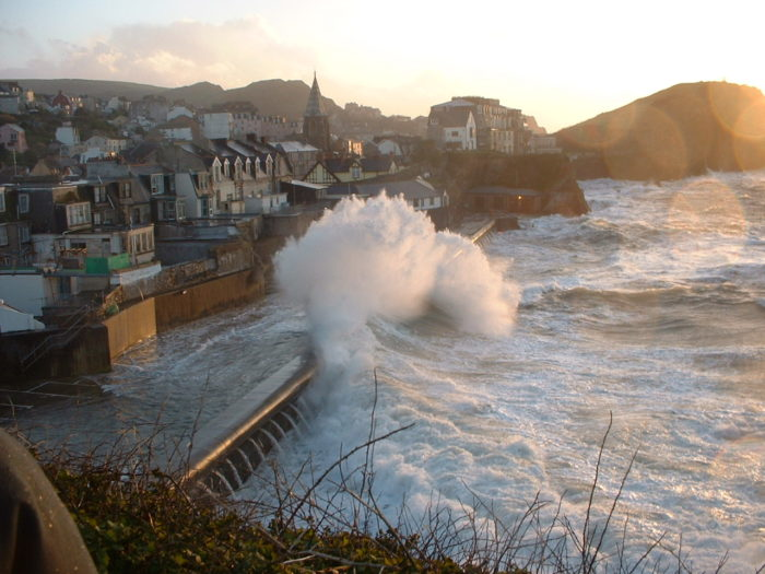 Waves crashing on Cheyne Beach, Ilfracombe, England, in 2014, by Frank Pearson
