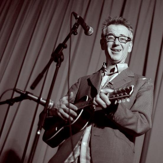 John Hegley performing at Roar! Imagine a Tiger - Credit Sue Foll